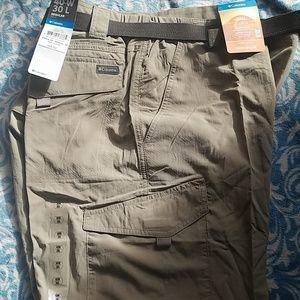 Columbia pants size 40w 30L  new